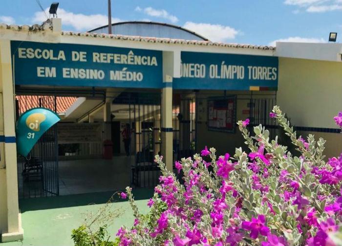 Escola de Tuparetama, no Sertão do estado, conquistou o primeiro lugar no ensino médio. Foto: Erem Cônego Olímpio Torres/Divulgação.