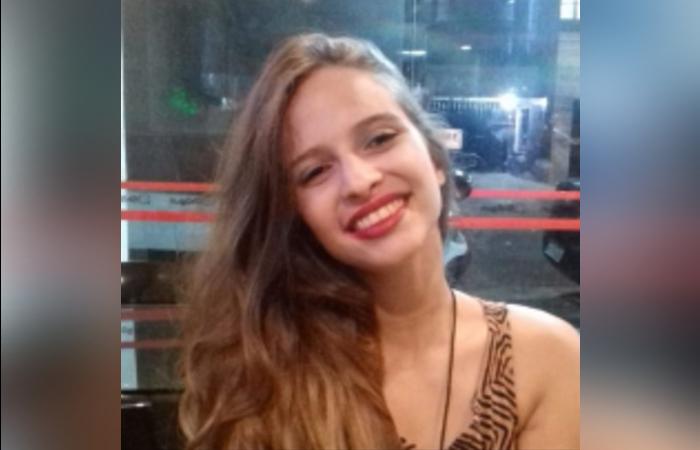 Namorado de Débora, escalpelada por kart, espera que operação nos Estados Unidos ajude a jovem a recuperar couro cabeludo - Foto: Reprodução/Whatsapp