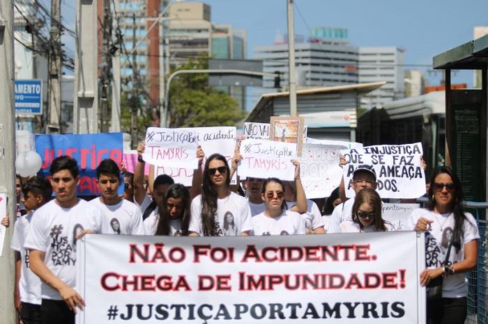 Alessandra Tamyris morreu na última sexta-feira (16), quando foi atropelada por um motociclista enquanto caminhava com a mãe na calçada da Avenida Conde da Boa Vista. Foto: Tarciso Augusto/Esp. DP