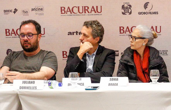 Juliano Dornelles, Kleber Mendonça Filho e Sônia Braga. Foto: Leandro Santana/DP