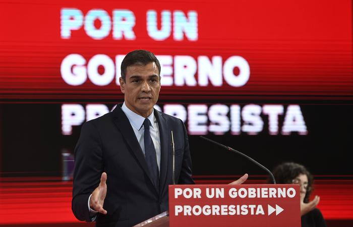 O primeiro-ministro da Espanha, Pedro Sánchez, disse nesta terça-feira que uma coalizão com o Podemos partido de extrema esquerda é inviável. Foto: PIERRE-PHILIPPE MARCOU/AFP  (Foto: PIERRE-PHILIPPE MARCOU/AFP )