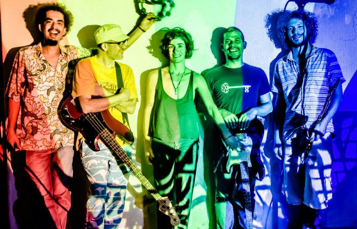 A performance multiartística será realizada por um coletivo, composto por Hassan Santos, João Lin, Greg Vieira e Diogo Andrade. Foto: Chico Ludermir/Divulgação