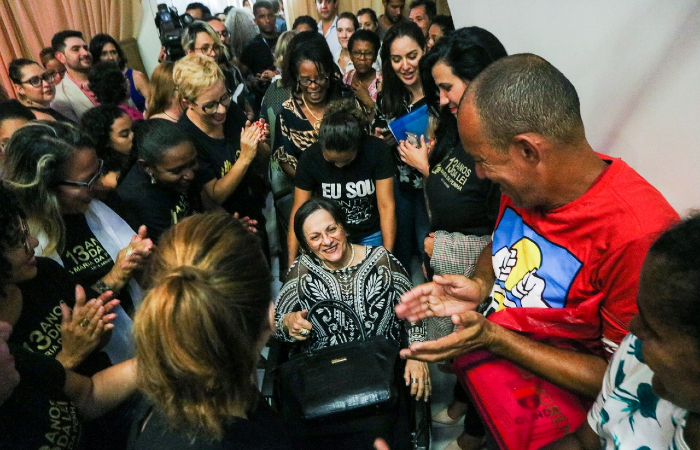 Maria da Penha foi recebida sob fortes aplausos - Tarciso Augusto/Esp. DP