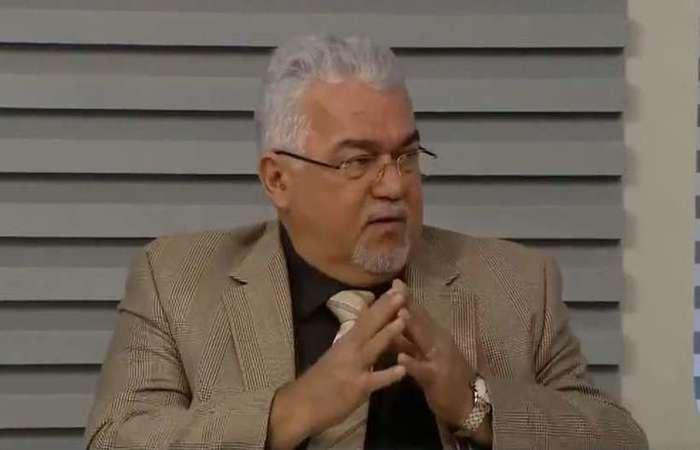 No discurso de despedida, Souto deixou claro que estava chateado por não poder ter feito uma despedida pública da colega Patrícia Rocha - Créditos: Reprodução.