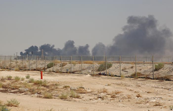 Um ataque de drones atingiu a maior instalação de processamento de petróleo do mundo na Arábia Saudita. Foto: AFP