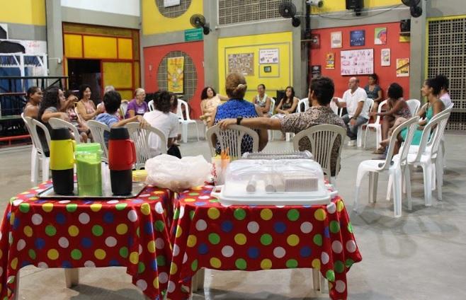 EPC faz mais uma edição do Café com Circo, projeto que busca debater temas relevantes para a comunidade. Foto: Divulgação