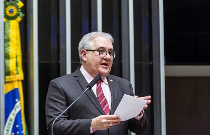 O deputado pernambucano Augusto Coutinho foi o relator da proposta. FOTO: Divulgação
