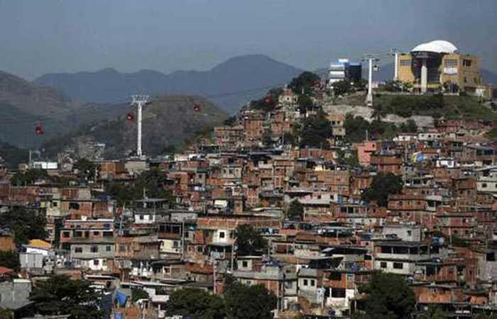 O objetivo da operação era reprimir o tráfico de drogas e reposicionar as cabines blindadas da Polícia Militar instaladas na região - Créditos: Pilar Olivares/Correio Braziliense.