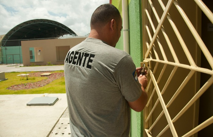 A  lista dos profissionais chamados está disponível no site www.funase.pe.gov.br e no Diário Oficial do Estado. Crédito Funase/Divulgacão