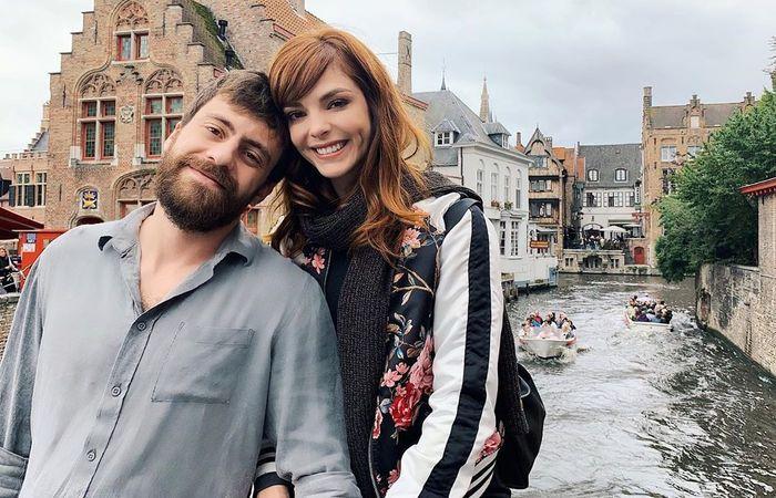 Titi Müller e seu noivo, Tomas Bertoni, músico da banda Scalene - Créditos: Instagram/Reprodução.