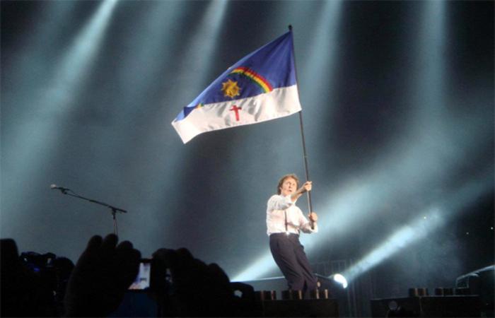 Paul McCartney se apresentou no estádio do Arruda - Foto: www.blogs.diariodepernambuco.com.br/Reprodução