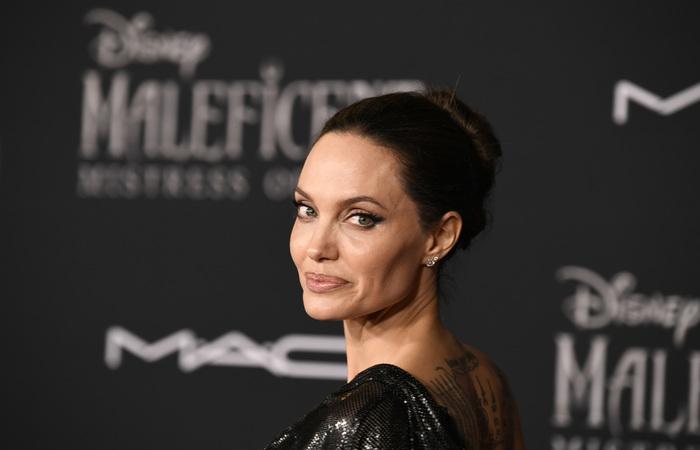 A mesma fonte revela ainda que Jolie nunca quis ser noiva de Brad Pitt - Foto: AFP.