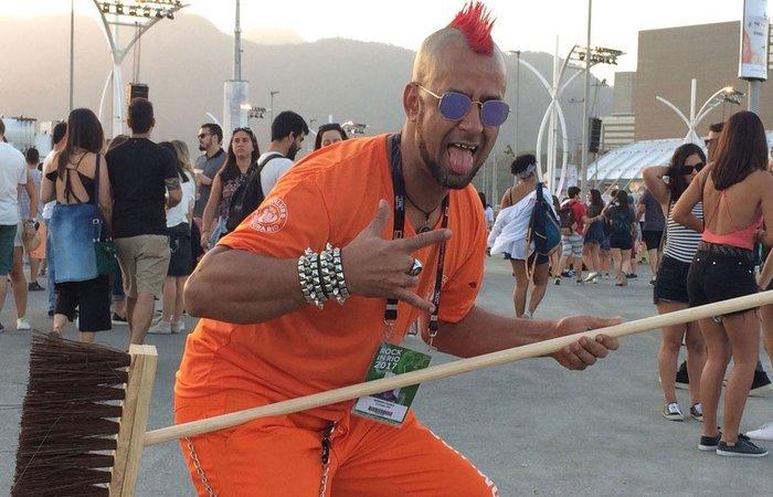 Gari rockeiro no Rock in Rio em 2017 - Foto: Reprodução/Redes sociais.