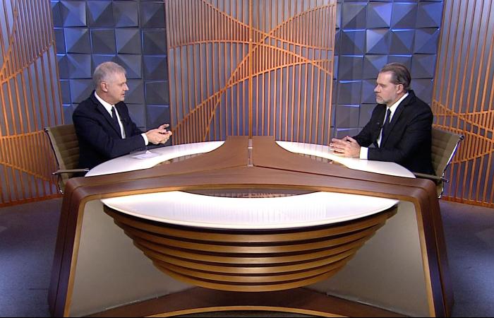 Dias Toffoli foi entrevistado pelo jornalista Fernando Rodrigues, para a reestreia do Poder em Foco. Foto: Divulgação/SBT