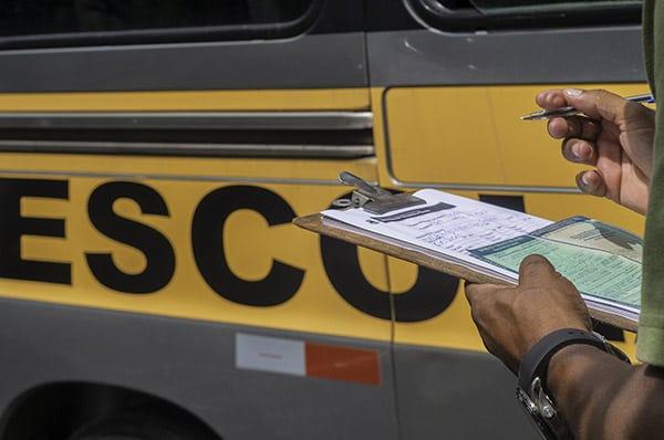 Com a mudança, a multa para o transporte escolar, por exemplo, passa de R$ 195,23 para R$ 1.467,35 - Foto: Divulgação.