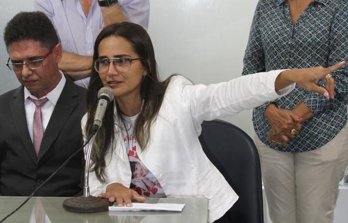 Sandro e Lúcia já vieram ao Recife em outras ocasiões para pedir respostas sobre o assassinato da filha. Em 2017, participaram de reunião da Comissão de Justiça e Direitos Humanos da Alepe. Foto: Julio Jacobina/Acervo DP.