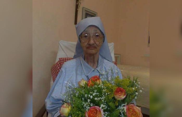 Irmã Adélia viveu no convento do Colégio Damas. Foto: Ana Lígia Lira