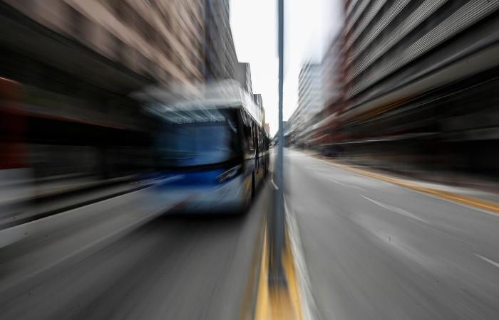 32 linhas de ônibus serão beneficiadas. Foto: Paulo Paiva/DP.