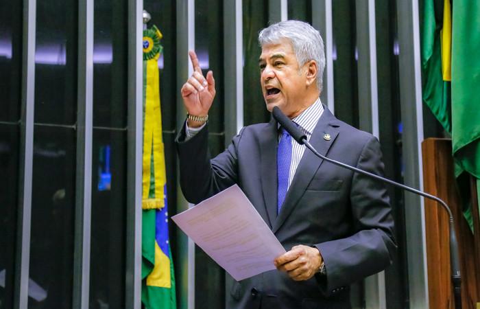 O senador lamentou a perda de R$ 205 milhões por Pernambuco. FOTO: Roberto Stuckert Filho