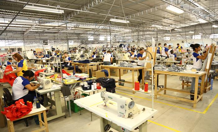 Cadeia de confecções emprega mais de 250 mil pessoas e movimenta R$ 5,6 bilhões por ano. Foto: Rhuda Jardim/Divulgacao