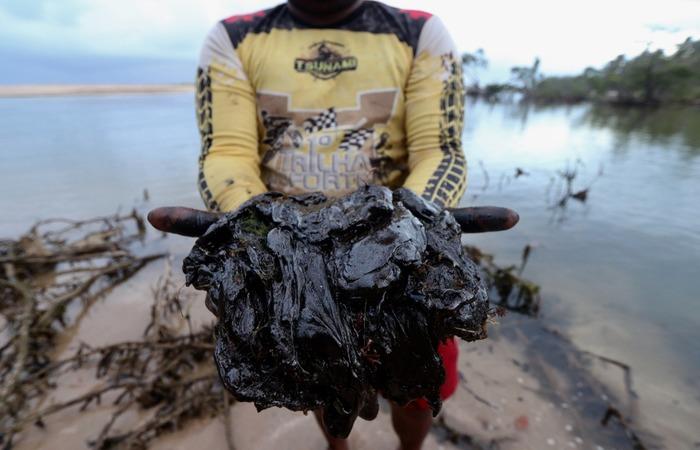 Liminar obriga o governo federal a colocar barreiras de proteção em áreas sensíveis da costa pernambucana. Foto: Tarciso Augusto/ DP FOTO. (Foto: Tarciso Augusto/ DP FOTO.)