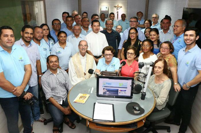 Equipe que faz a Rádio Pajeú atualmente. Foto: Rádio Pajeú/Divulgação.