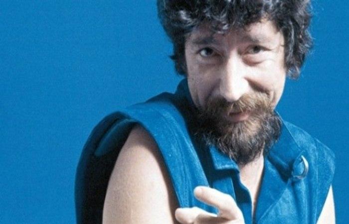 Segundo o exemplar, o caso ocorreu no mês de maio de 1974, momento em que Raul Seixas e Paulo Coelho desfrutavam do sucesso de 'Krig-ha, Bandolo!' (Foto: Divulgação)
