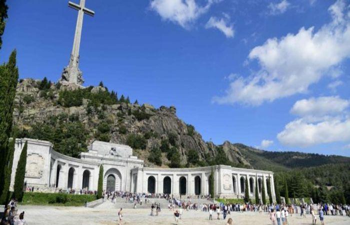 San Lorenzo de El Escorial, pequena cidade espanhola a meia hora de Madri. (Foto: Javier Soriano/AFP)