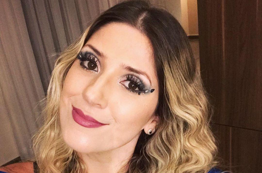 Dani Calabresa teve muito sucesso na MTV como apresentadora do Furo MTV, um jornal engraçado com notícias bizarras. Ela atuava ao lado do amigo Bento Ribeiro, com quem diz torcer por uma nova dobradinha (Foto: Instagram/Reprodução. )