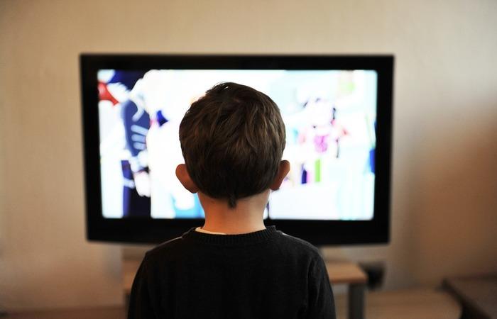 Pesquisa da IEEE mostra que a população entre 23 e 38 anos se sente confiante quanto ao uso de tecnologias para cuidar da saúde de seus filhos (Reprodução/Pixabay)