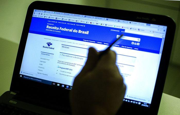 Os dois setores argumentam que a prestação de serviços particulares de saúde e educação contribuem para reduzir a demanda por serviços  (Marcelo Camargo/Agência Brasil)