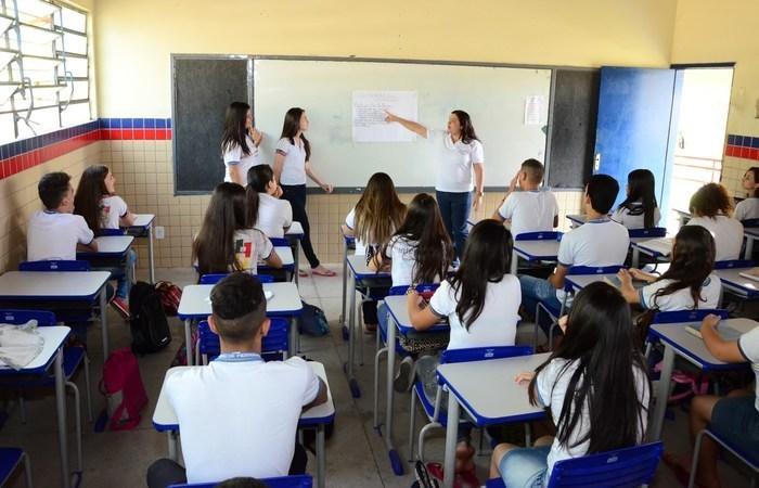 Apenas em 2018, 912 mil estudantes abandonaram a escola. (Foto: Divulgação )