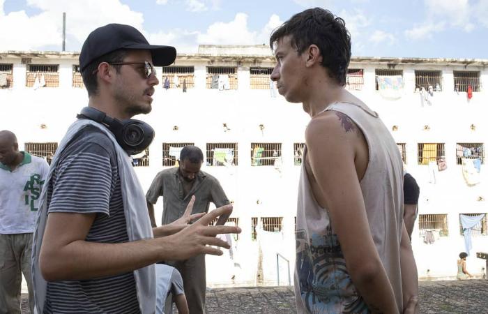 Pedro Morelli e Pedro Wagner nos bastidores. Crédito: Netflix/Divulgação