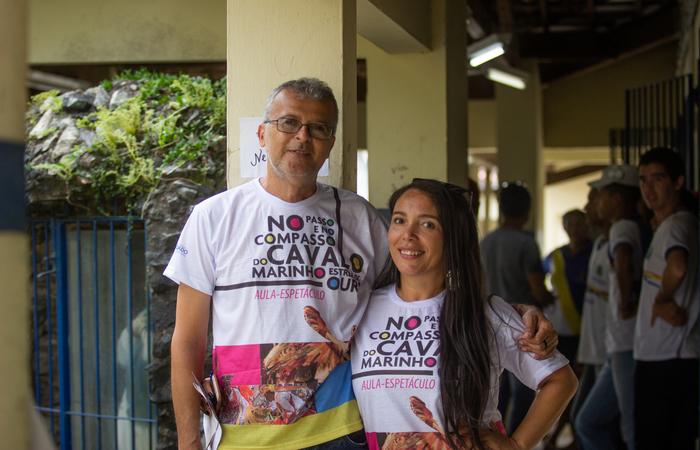 Mariluce Felix dos Santos (gestora) e Joseilson Marcelino (educador de apoio) da Escola Estadual Júlio Correia, em Condado. Foto: Samuel Calado/DP