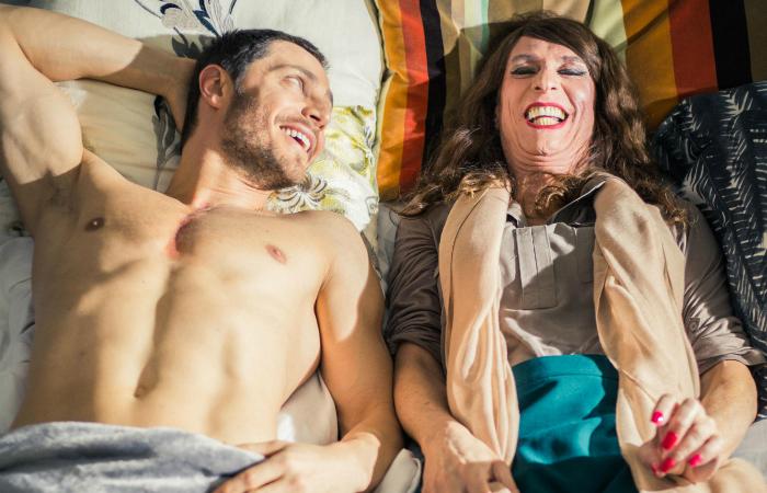 Sandro (André Bankoff) e Isadora (Aramis Trindade) (Foto: Jarrod Bryant/Divulgação)