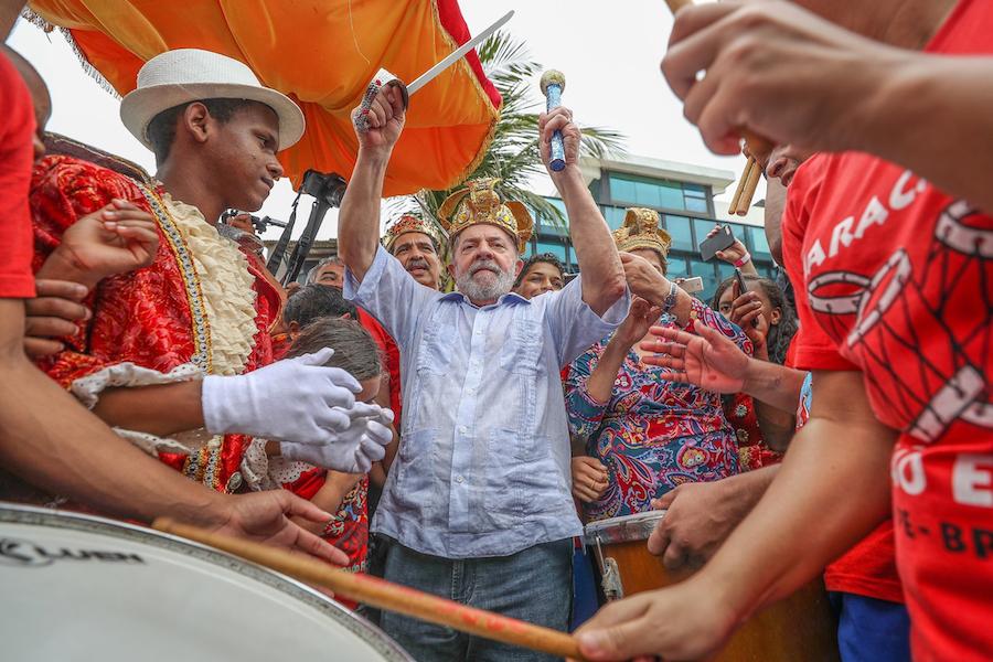 Lula em Brasília Teimosa, comunidade pobre de Recife (PE), em 2017.  (Foto: Ricardo Stuckert/Instituto Lula)
