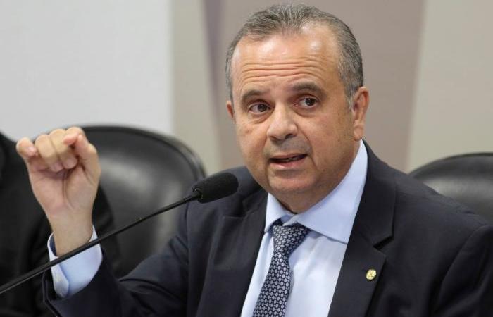 De acordo com o secretário especial de Previdência e Trabalho, Rogério Marinho, foram retiradas exigências que travavam as operações (Foto: Fabio Rodrigues Pozzebom / Agência Brasil)