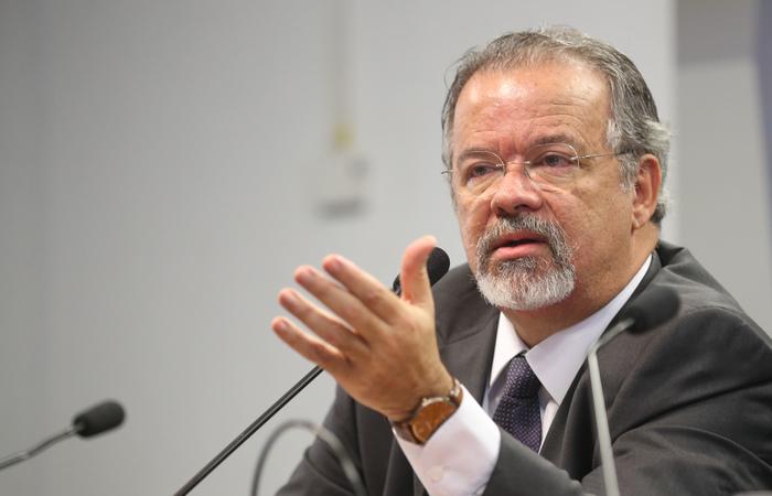 O ex-ministro da Segurança Pública Raul Jungmann deve prestar esclarecimentos sobre uma afirmação que teria sido feita a um amigo a respeito da investigação sobre a morte da vereadora Marielle Franco. (Foto: Antonio Cruz/Agência Brasil)