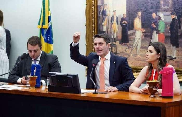 Alex Manente, na CCJ: pelo fim dos recursos especiais e extraordinários no STJ e no STF  (Pablo Valadares/Agencia Camara)
