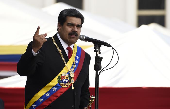 """No documento, o venezuelano ainda afirma que houve """"atitude passiva das autoridades policiais brasileiras, em desatenção de suas obrigações de proteção das sedes diplomáticas e seu pessoal"""" (Foto: Arquivo / AFP)"""