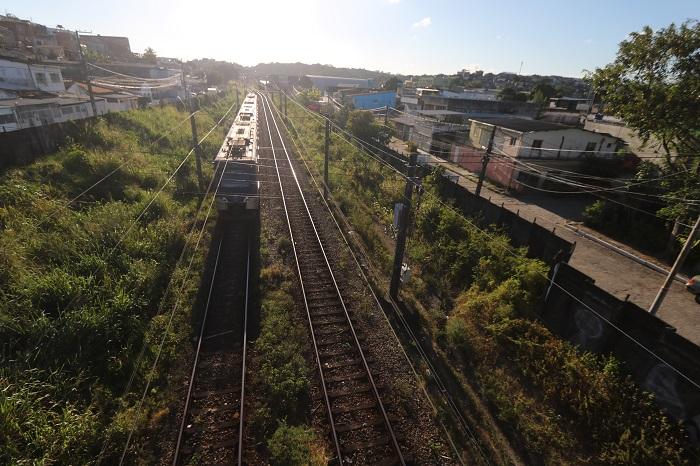 É como se a cada 10 dias ocorresse um novo furto de cabos nesse serviço de transporte público.  (Foto: Tarciso Augusto / Esp. DP Foto)