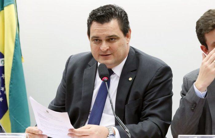 De acordo com o relator, deputado Geninho Zuliani (DEM-SP), deputados do Nordeste e de Goiás querem uma transição para essa troca.  (Foto: Luis Macedo/Câmara dos Deputados)