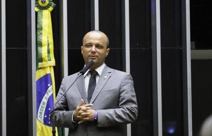 De acordo com Vitor Hugo, esse grupo de deputados deve migrar para o partido que o presidente Jair Bolsonaro tenta criar, o Aliança pelo Brasil. (Foto: Luis Macedo/Câmara dos Deputados)