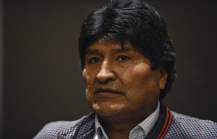 Desde a renúncia de Morales, no dia 10 de novembro, ao menos 32 foram mortos em violentos protestos detonados pela conturbada eleição presidencial do final de outubro (Foto: PEDRO PARDO / AFP)