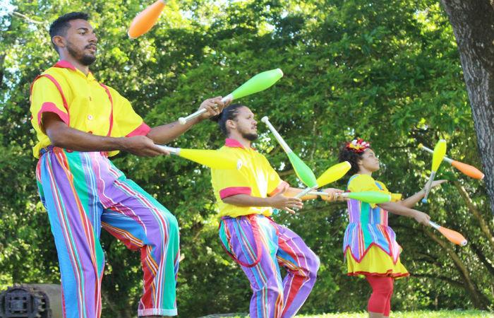 Artistas da Trupe Circus ministram oficinas e apresentam espetáculo DiverCircus (Foto: Anne Gomes / Escola Pernambucana de Circo)