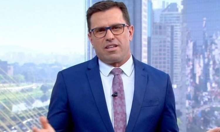 O jornalista entrou em contato com a Justiça recentemente para informar que tentaria um acordo com um banco e dar fim a uma conta de R$ 540 mil (foto: Reprodução/TV Globo)