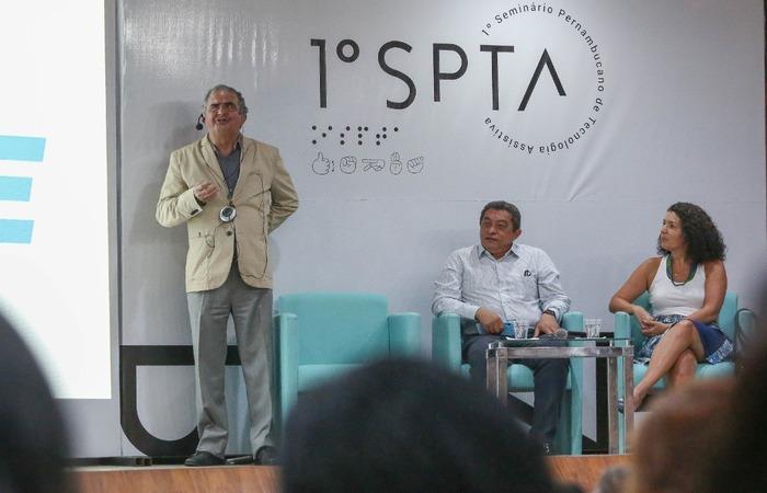 Manuel Aguiar é o coordenador do 1º Seminário de Tecnologia Assistiva, que segue com programação até esta quarta-feira. Crédito: Leandro Santana Esp/DP