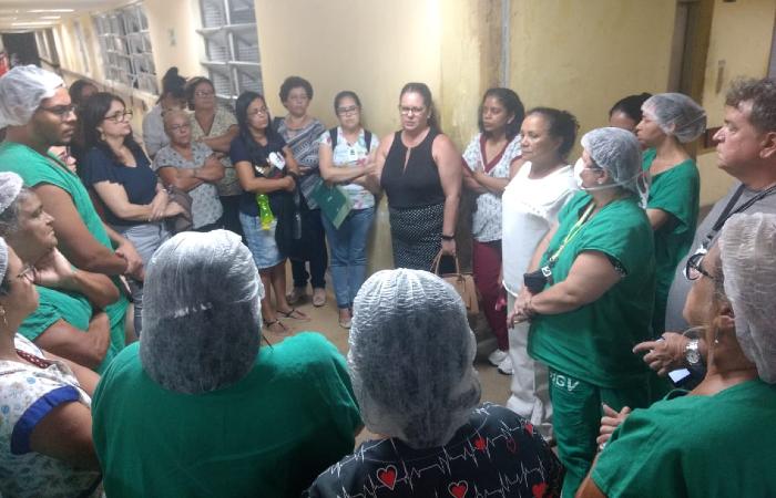 Cerca de 50 funcionários trabalhavam nos blocos G1 e G2 do Hospital Getúlio Vargas, quando foram notificados pelo conselho (Foto: Divulgação/Coren-PE)