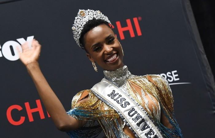 A Miss Universo 2019 Zozibini Tunzi, da África do Sul. (Foto: Valerie Macon/AFP)