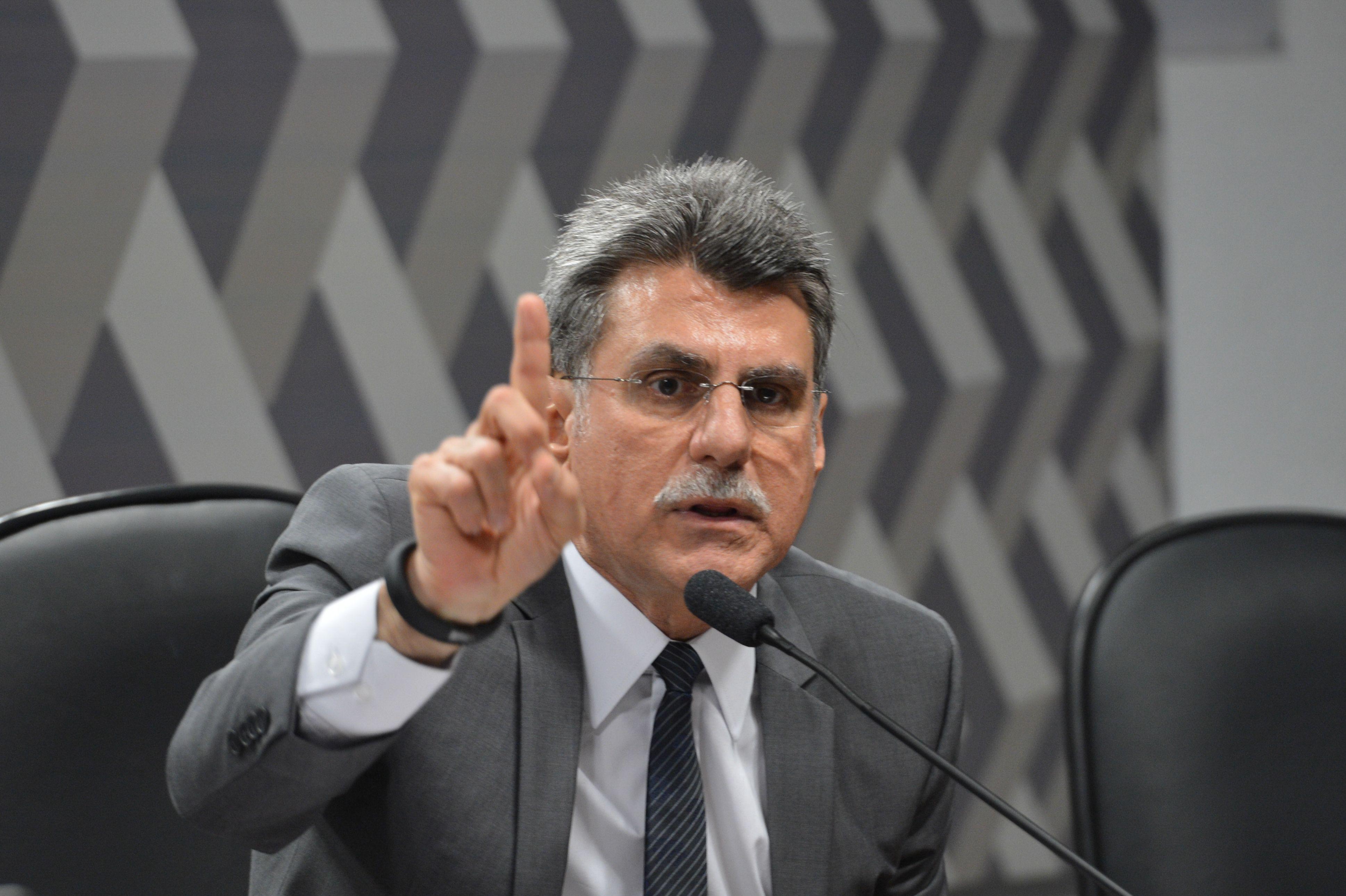 Um dos investigados é o ex-senador do MDB Romero Jucá. (Foto: Fábio Pozzebom/Agência Brasil)